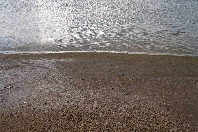 海は透明のクリアウォーター