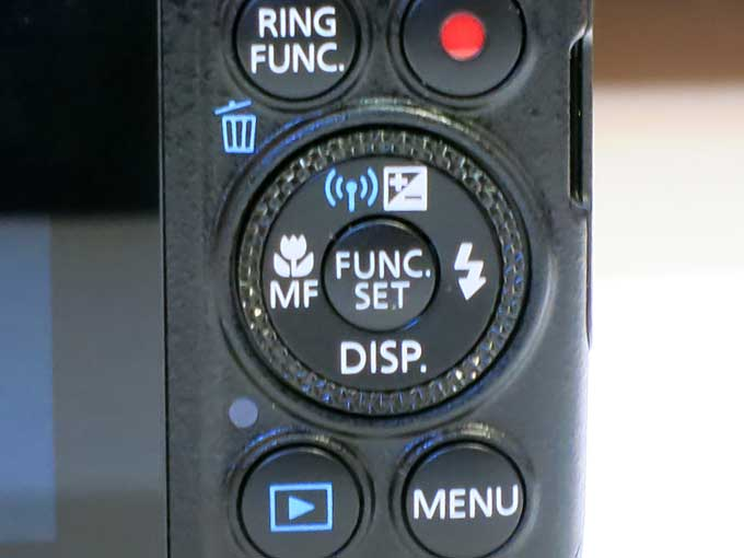 Canon PowerShot S120 背面ボタン