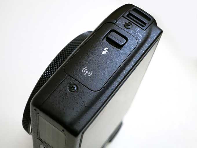 Canon PowerShot S120 フラッシュボタン