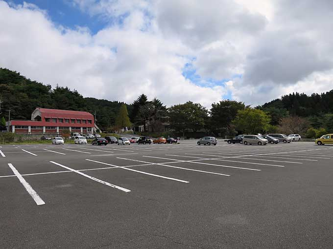 六甲山牧場 北駐車場到着