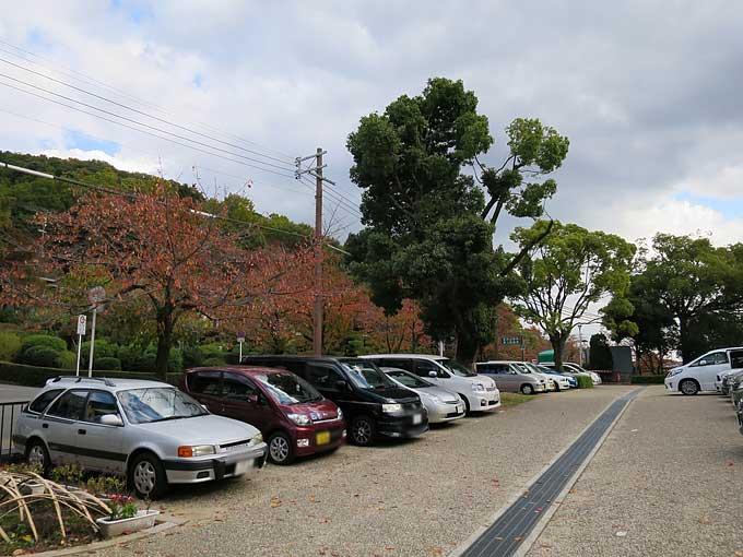 池田市・五月山動物園・駐車場