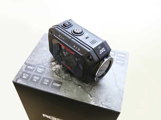 JVC GC-XA2の箱