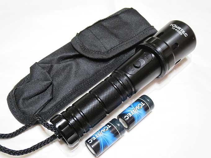 INTOVA 防水LEDズームライト WAZOOM の同梱品