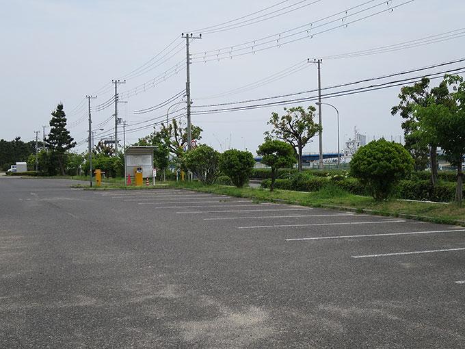 県立甲子園浜海浜公園の駐車場