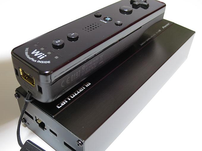 GM-D1400IIとwiiリモコンを比較