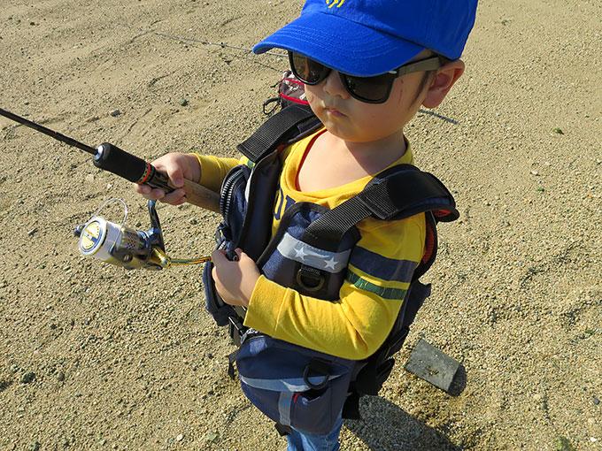 3歳児の釣り練習中