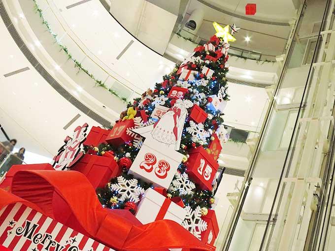 2014年の阪急西宮ガーデンズ・クリスマスツリー