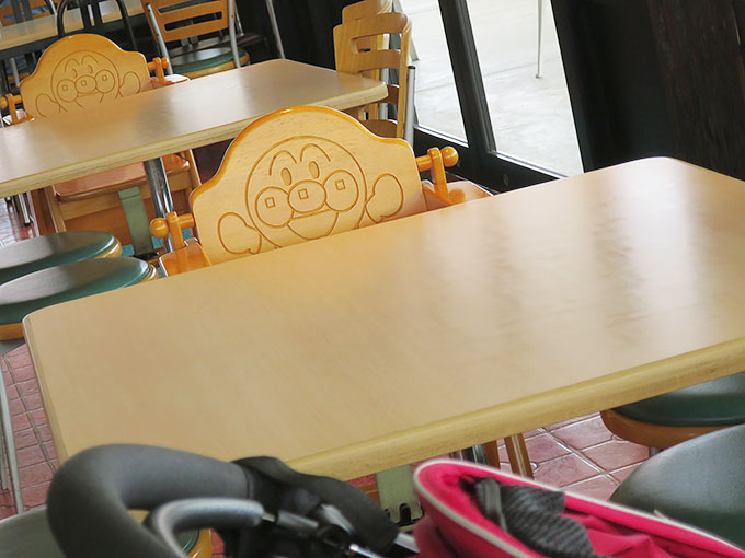 子供用の椅子も完備
