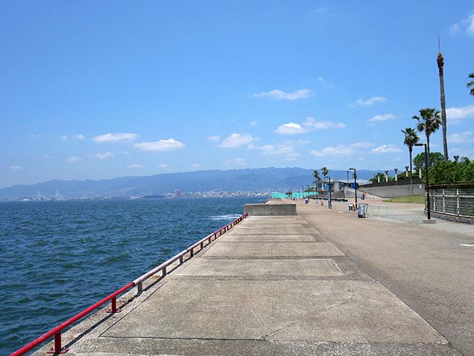 鳴尾浜臨海公園海づり広場・神戸方面