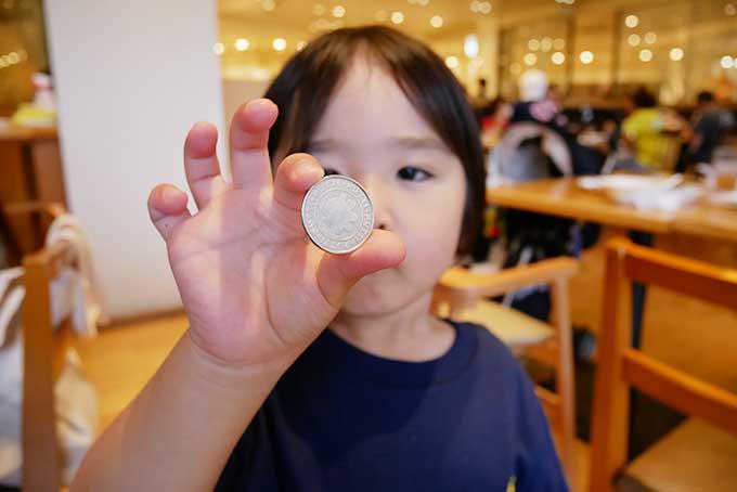 残さず食べてプッチコインをゲット!!