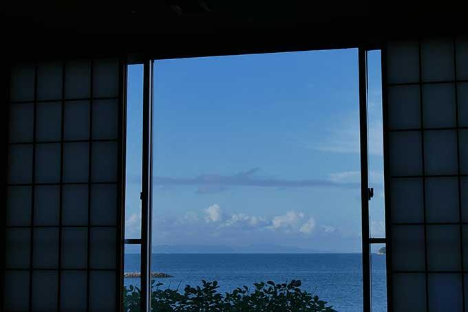 窓を開けると晴天!!