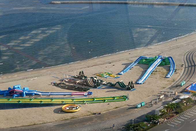 観覧車から眺めるラグーナのビーチパーク