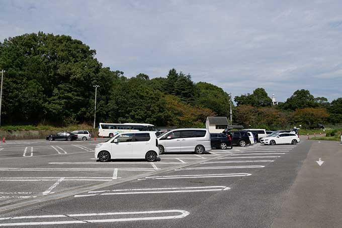 みさき公園の駐車場に到着
