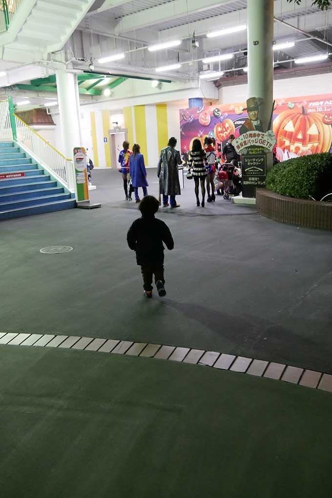 撮影スポットにスパイダーマンを発見!!