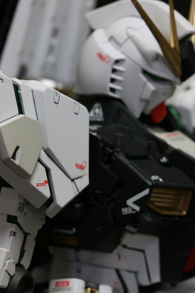 MG ニューガンダム Ver.kaサイコフレーム肩部