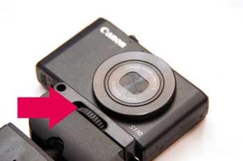 コンパクトな三脚!Velbon(ベルボン) CUBE(キューブ)カメラをセット